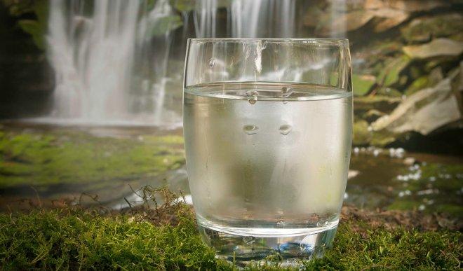 Zašto trebamo filtrirati vodu za piće?
