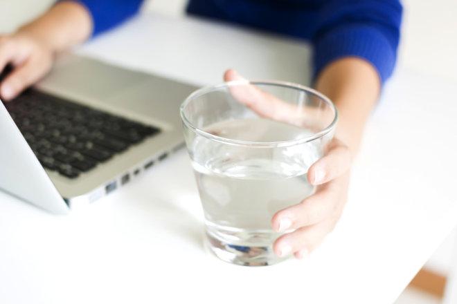 Koju kvalitetu vode piju vaši zaposlenici?